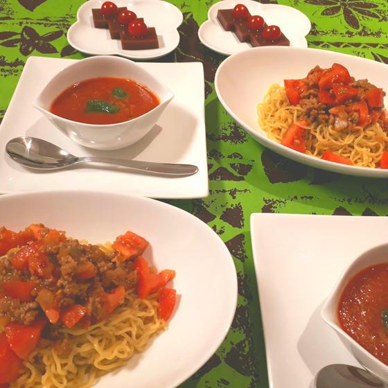 トマトのジャージャー麺 テーマはトマト