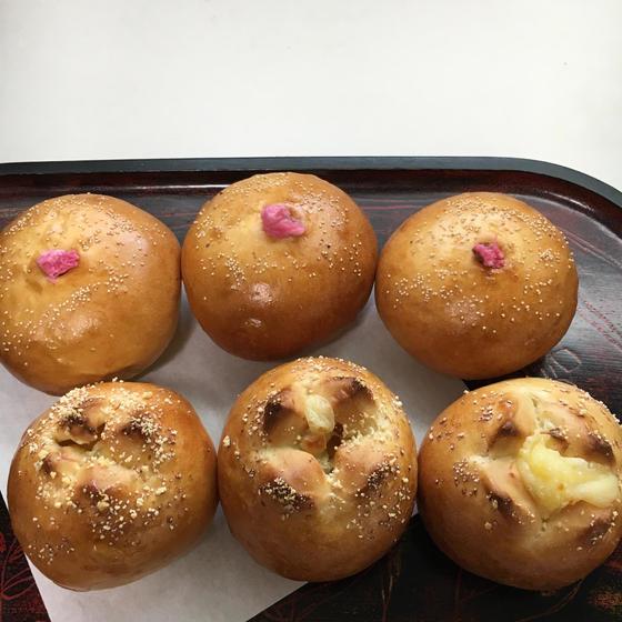 イーストパンレッスン『さくらあんパン&チーズパン』