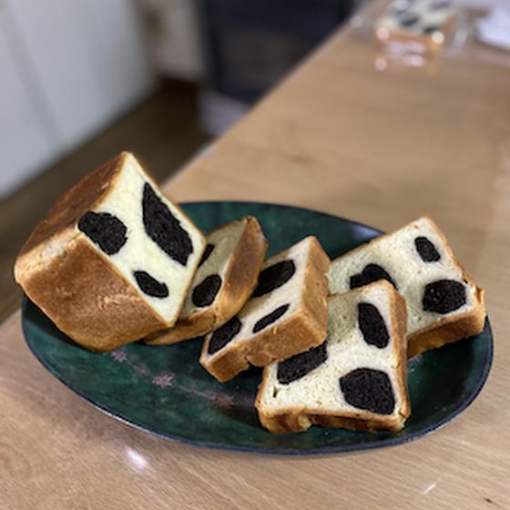 イーストパンレッスン 『モーモー食パン』