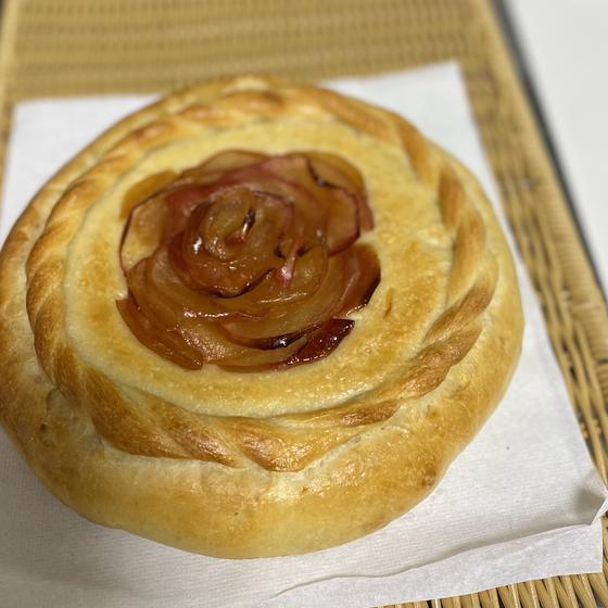 自家培養酵母パンレッスンーりんご酵母で『ローズ・デ・ポム』