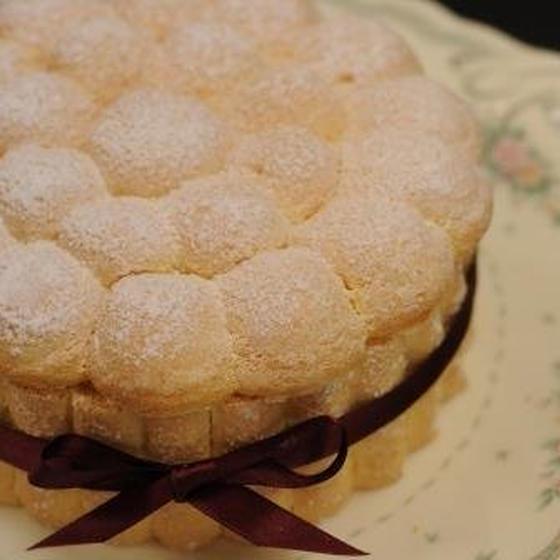 白桃のシャルロット・ケーキ
