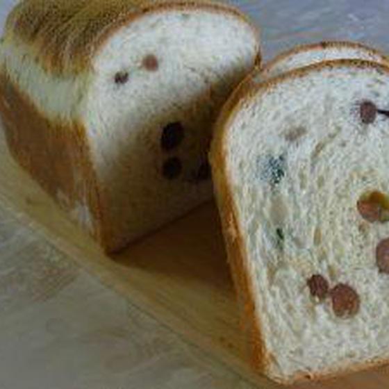 【イーストで作る】豆パン・ハムチーズ