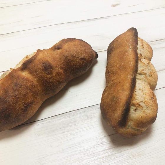 【自家製酵母】枝豆パン・バートのバゲット