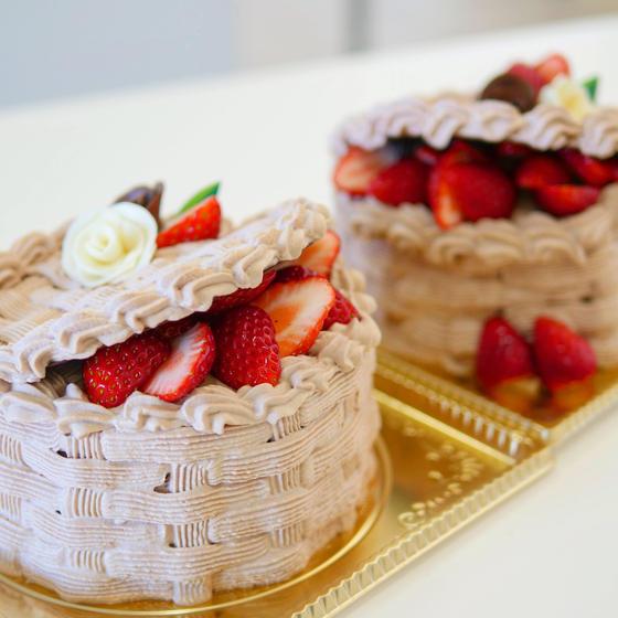 チョコレートバスケットケーキ