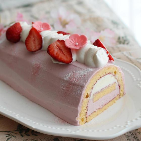 ホワイトガナッシュとフランボワーズのムースケーキ