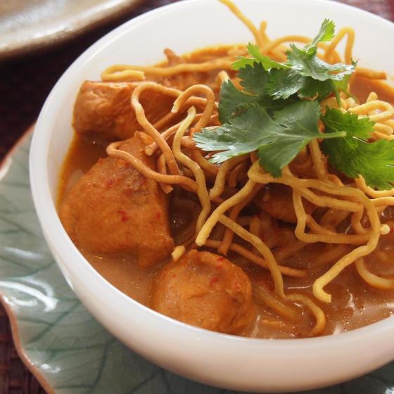 北部タイ料理を楽しむ カオソイ・レッスン