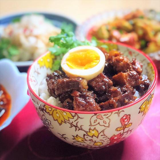 塩麹豚の発酵魯肉飯(ルーローファン)