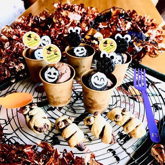 ハロウィンキッズ!クッキーモンスターのカップケーキとミイラ
