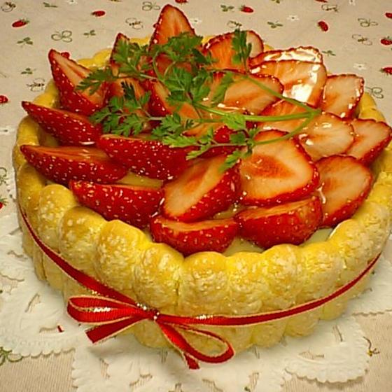 生菓子「苺のシャルロット」3月お勧めレッスン♪