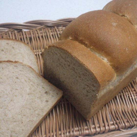 パン「ライ麦山食パン」8月お薦めレッスン♪