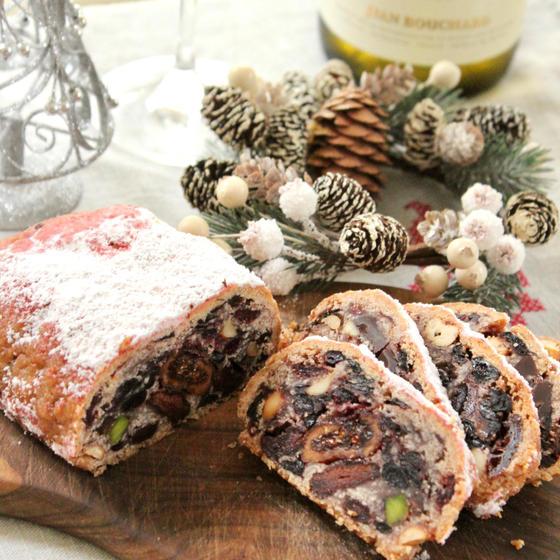 自家製酵母☆ベリーとチョコのシュトーレンとクリスマス料理