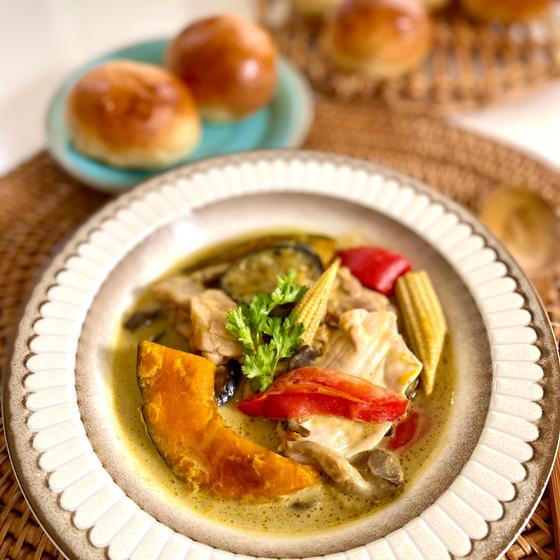 野菜ごろごろグリーンカレースープ
