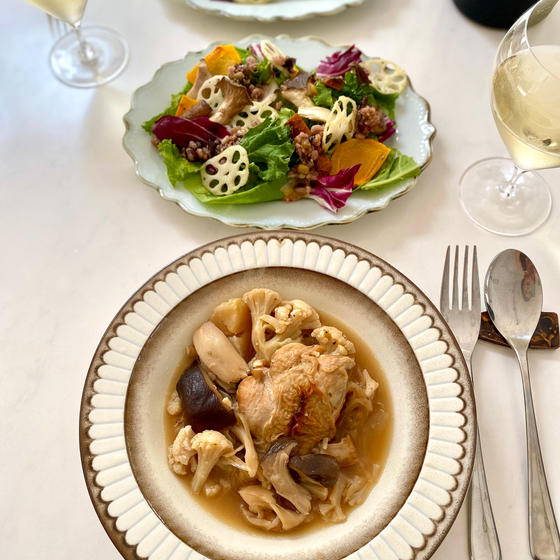 鶏肉とキノコの白ワイン煮バター醤油風味