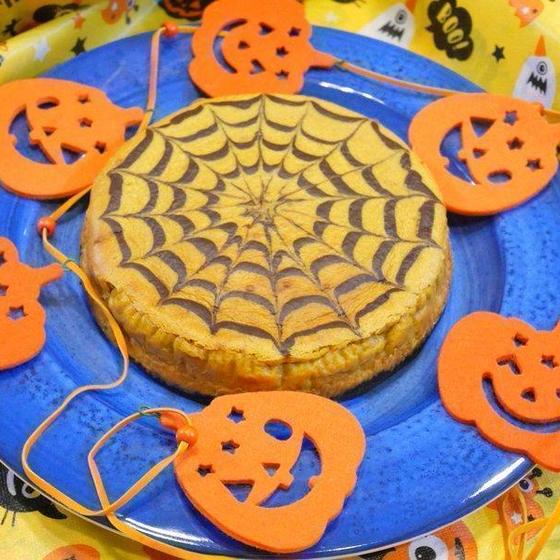 【チーズケーキ】  15㎝1台!蜘蛛の巣模様に挑戦♫