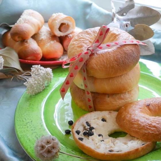 【8月ワンデイ】ふたつの手ごねベーグル&スフレチーズケーキ