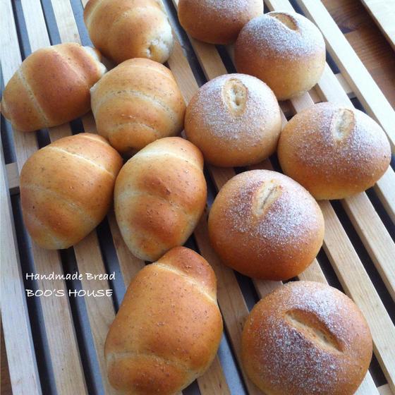 北海道産小麦粉に全粒粉をプラスした身体に優しいパン