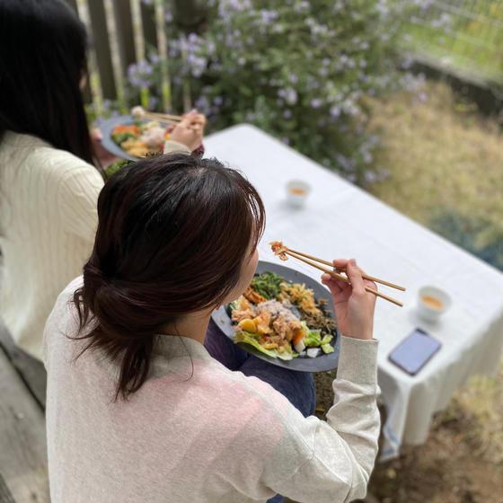 お庭でのお食事も気持ち良いです!