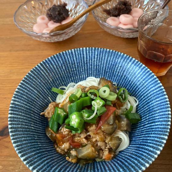 夏野菜餡掛け素麺&桃の白玉