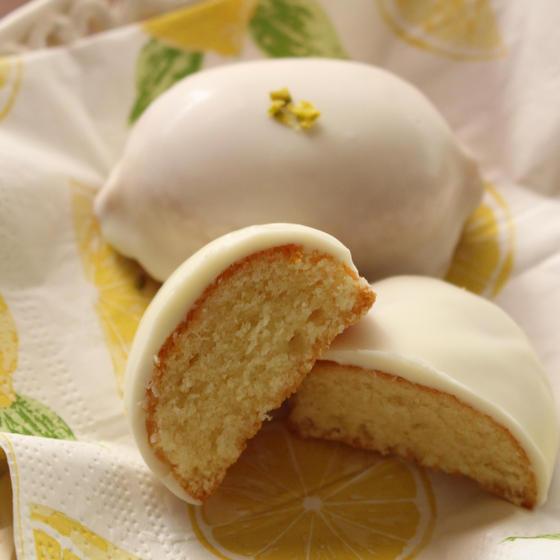 爽やかさ広がるレモンケーキ♪とタルト・フランベ