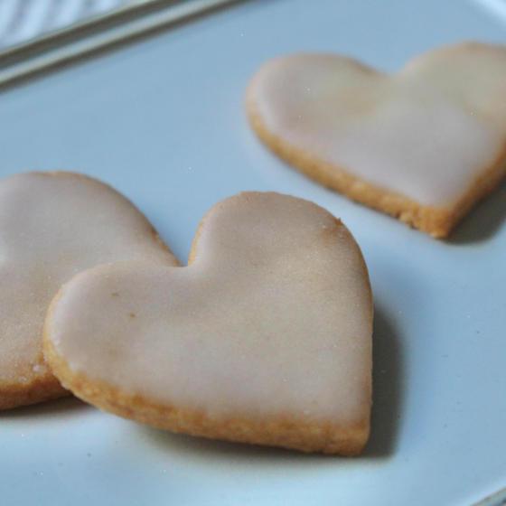 レモンのグラサージュを施したクッキー