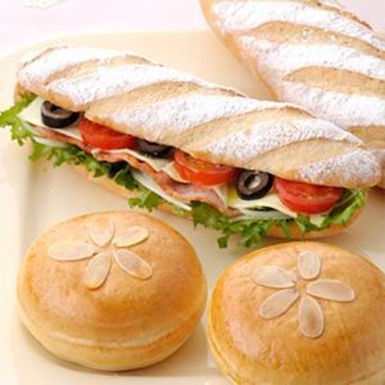 米粉のコッペパンサンド&米粉のクリームパン