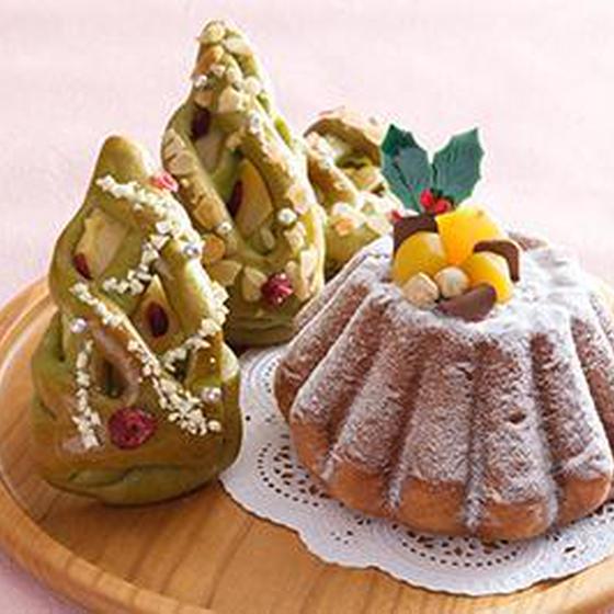 天然酵母でつくるパンドーロともみの木のパンレッスン