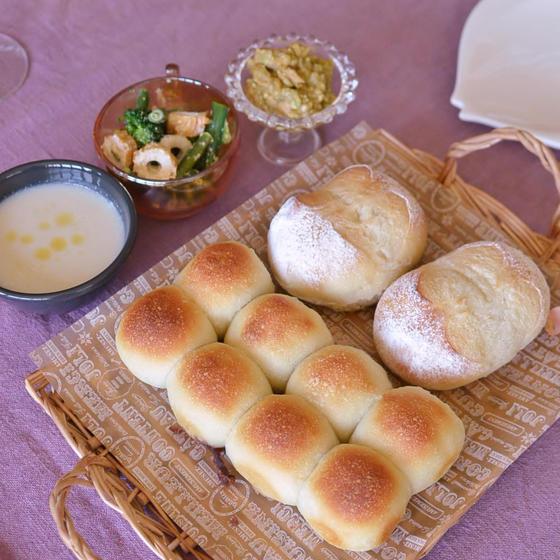 天然酵母のプチパン&あんこのちぎりパン