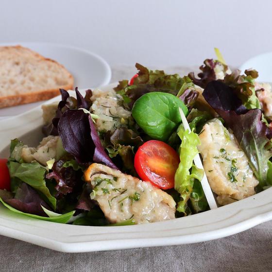 鶏のマリネ たっぷりの野菜とサラダに