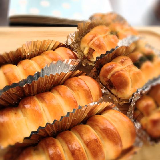 ちくわパン&ウインナーロール【とかち野酵母】