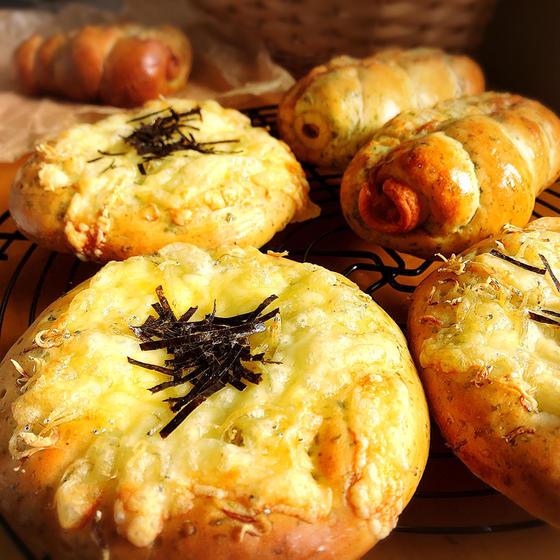青海苔ちくわパンとしらすチーズ【イースト】