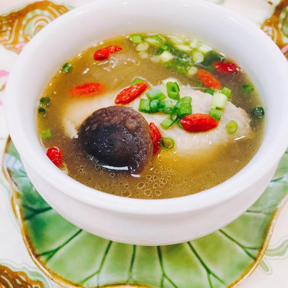 冬瓜と鶏肉の絶品薬膳スープ