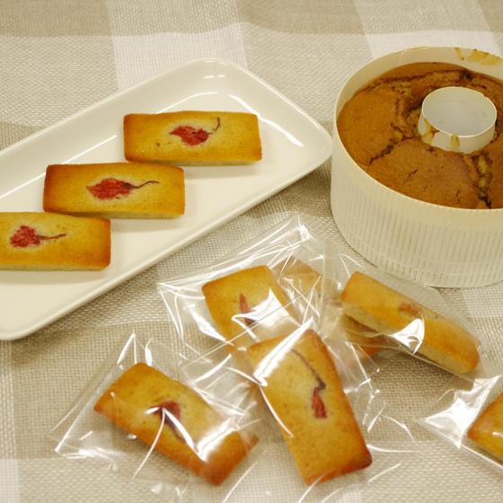 ほうじ茶シフォンケーキと桜フィナンシェ