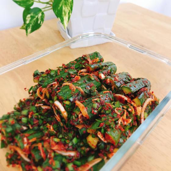 旬のお野菜きゅうりを使ったキムチ作り