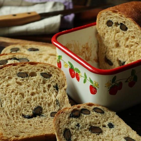【録画視聴型 】ホーロー食パン:黒糖食パン