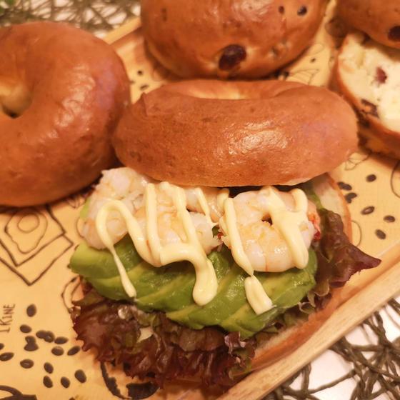 プレーンでサンドイッチ作りピクニック