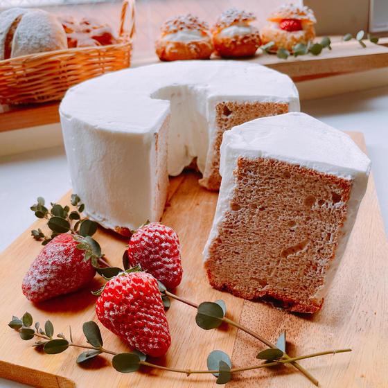 苺のシフォンケーキ 17cmシフォン型(グループ2名様)