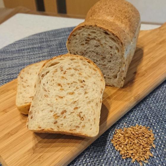 梅酵母でアマニロースト食パン&ハト麦と夏野菜のミネストローネ