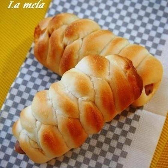 中級パン ロングウインナーで、編み込みドッグ