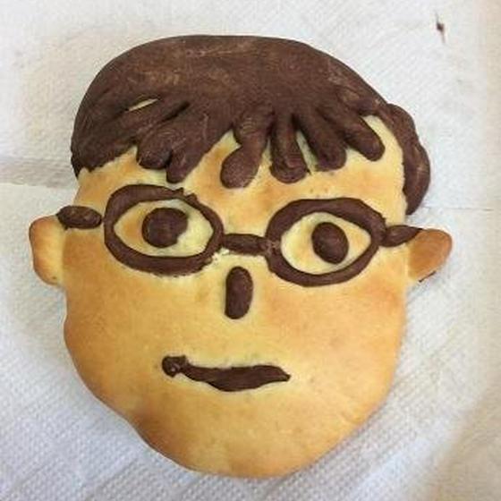 【父の日限定レッスン】お父さんの似顔絵パンとおやつ作り