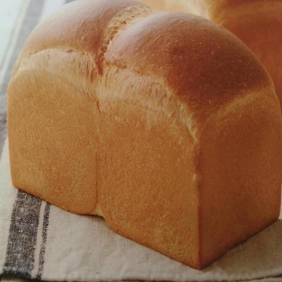 基本の食パン、あんぱん