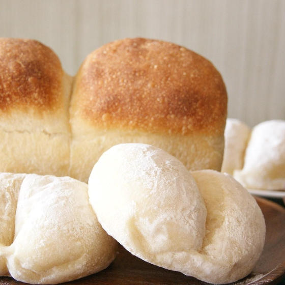 ホシノ天然酵母で作る♪湯種食パンと白パン