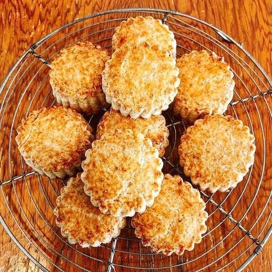 お菓子作り初心者の為の発酵バター香る味わい深い「スコーン」