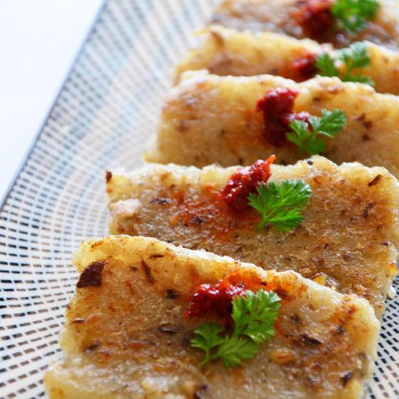 『大根餅』&『春餅🌸』(北京ダックを包む餅)&鶏肉紹興酒蒸