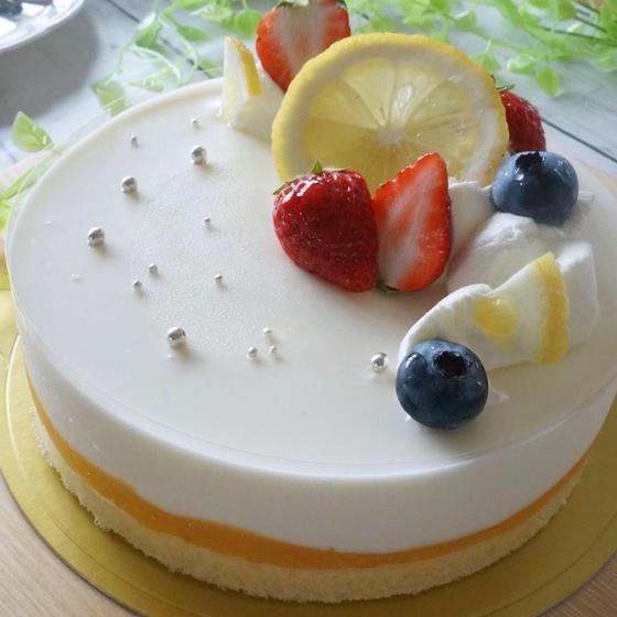 レモンのムースケーキ