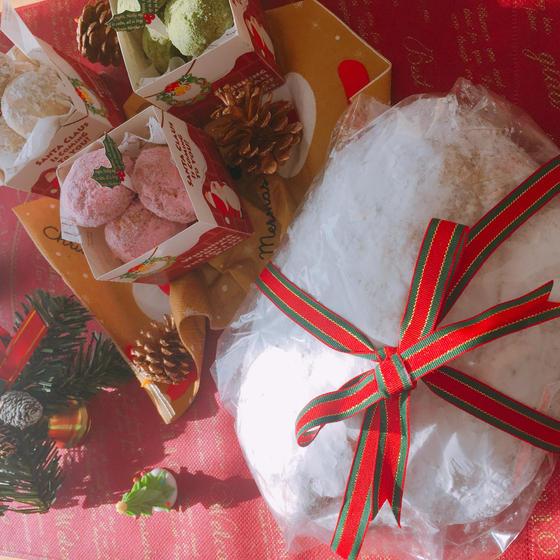 クリスマスシュトーレンとスノーボールクッキーのセット