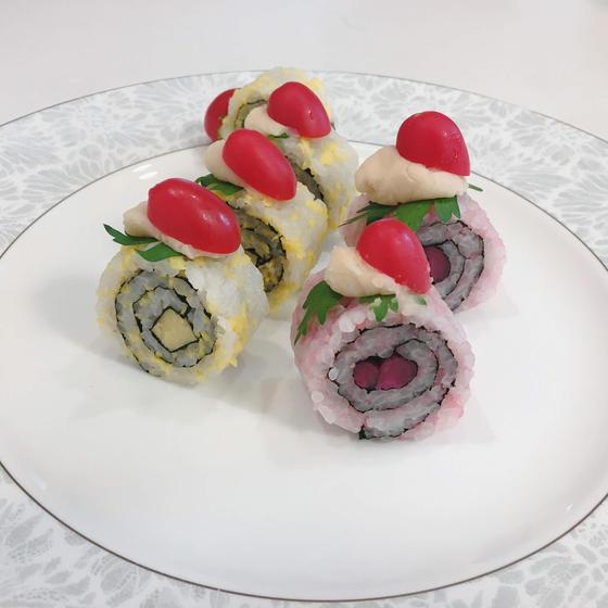 ヴァレンタインデーにピッタリなミニロールケーキ寿司