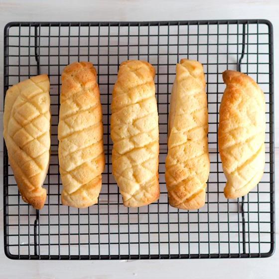 おうちパン講座【メロンスティックパン】