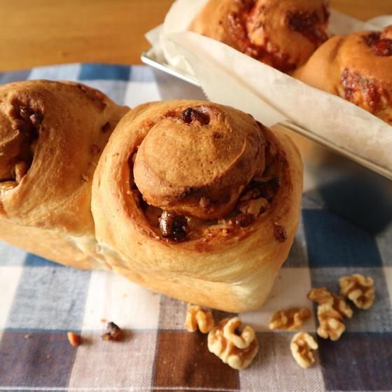 パウンド型で焼く2種の食パン(リッチ系・中級)