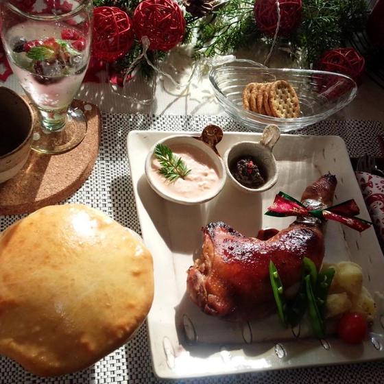 【おうちごはん】12月シチューポットパンとクリスマスチキン