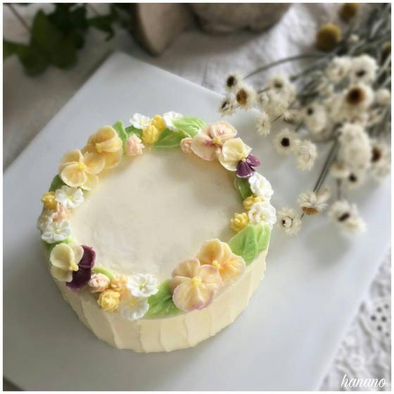 【基礎】フラワーケーキ  淡いパンジーのケーキ デモ付き